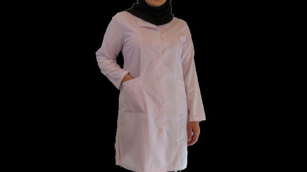IMG 8426 copy 600x337 - روپوش پزشکی زنانه یقه آرشال