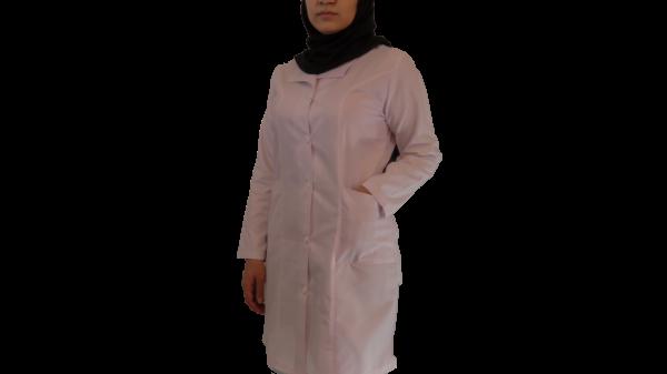 IMG 8428 copy 600x337 - روپوش پزشکی زنانه یقه آرشال