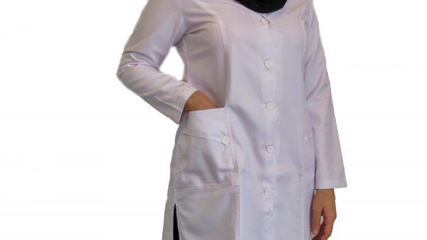 1 600x337 - روپوش پزشکی زنانه سه جیب