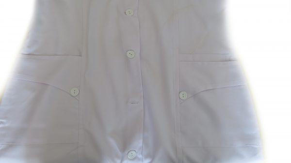3 600x337 - روپوش پزشکی زنانه سه جیب