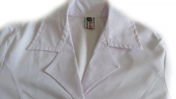 4 600x337 - روپوش پزشکی زنانه سه جیب