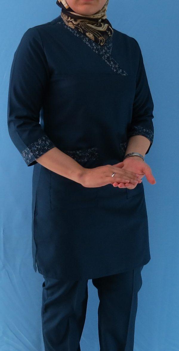 سرمه ای طرح دار 600x1174 - اسکراب طرح دار زنانه - سرمه ای مدل گلدار