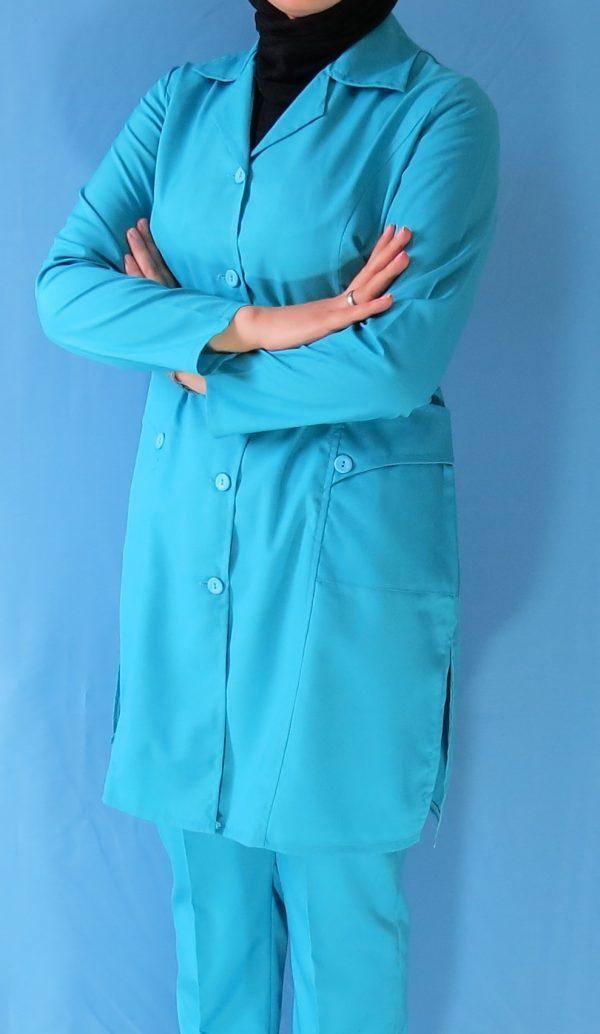 مانتو شلوار فیروزه ای4 600x1034 - مانتو شلوار آبی فیروزه ای مدل سه جیب