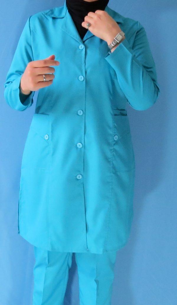 مانتو شلوار فیروزه ای7 600x1032 - مانتو شلوار آبی فیروزه ای مدل سه جیب